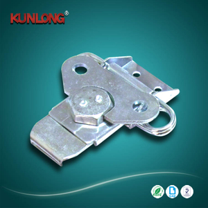 SK3-047 KUNLONG Mariposa de gabinete Toggle Draw Latch